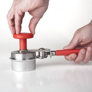 Sertisseuse à main pour boîte d'aluminium ronde #800110-314-0